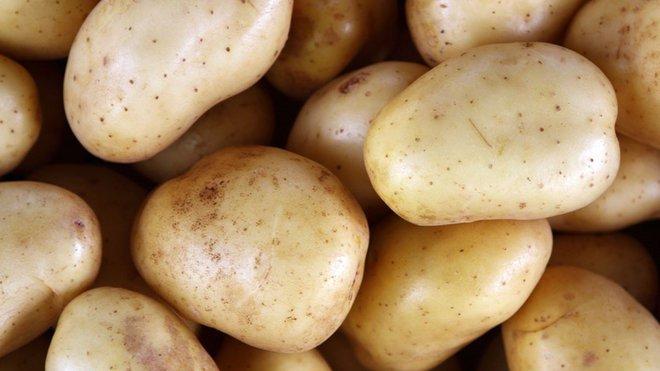 Komunistka: Proč Češi jedí hnusy, když za hranicemi jsou potraviny dobré? - anotační foto