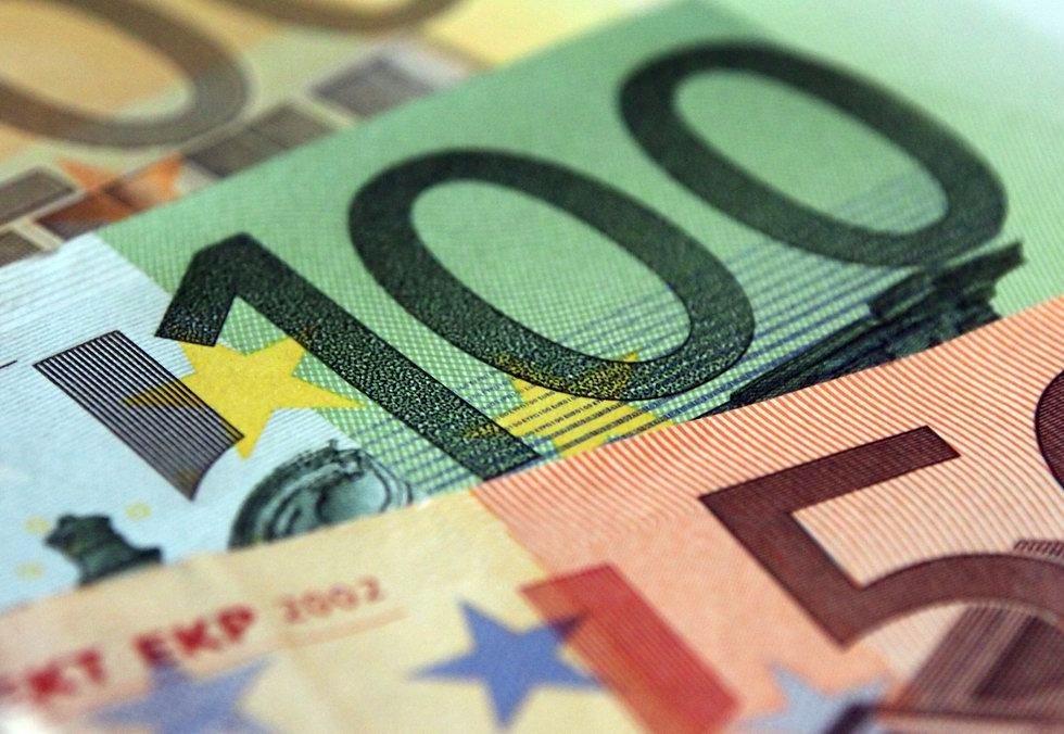 Česko rozhodlo: Euro odložíme, občané nesmí přijít o úspory - anotační obrázek
