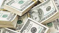 Vyšší dolarové sazby sráží i sílu české měny vůči zeleným bankovkám - anotační obrázek