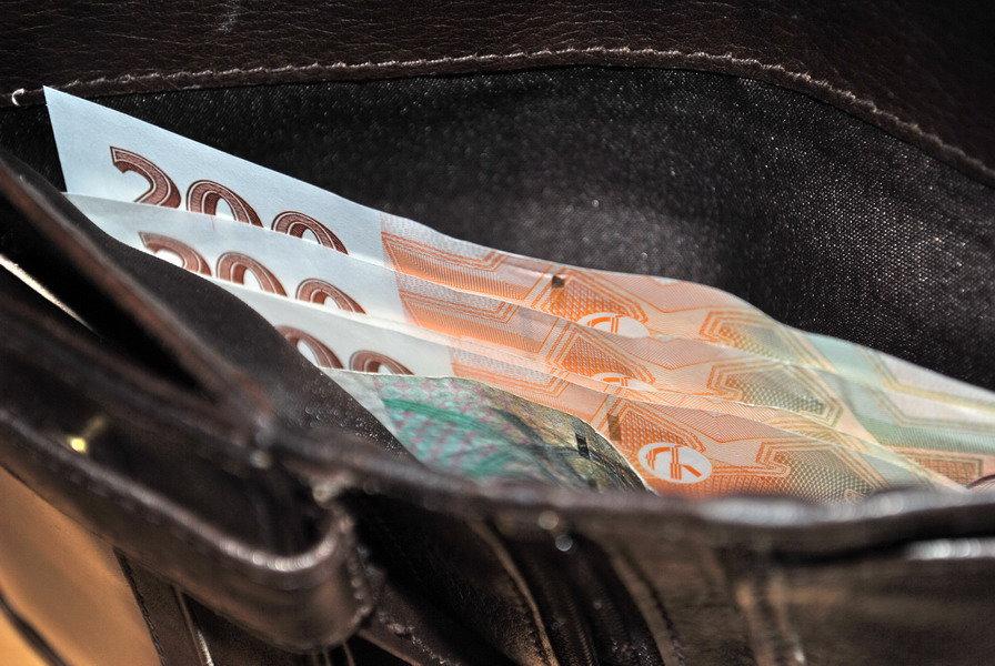 Peněženky Čechů krvácí? Za tyto věci platíme víc než zbytek Evropy - anotační obrázek