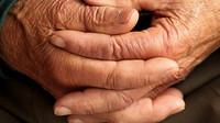 V červnu pobíralo důchod 583 sto a víceletých seniorů - anotační obrázek