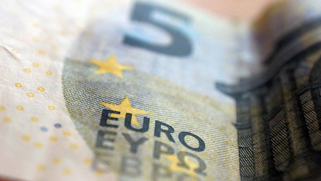 Konec eura? Měna brzy zkolabuje, varuje její zakladatel - anotační obrázek