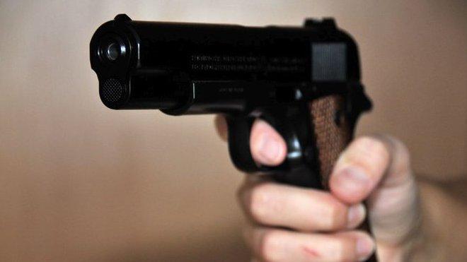 EU nám pěkně zavařila. Češi hromadně nakupují zbraně, varuje politik - anotační foto