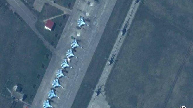 NATO zveřejnilo snímky z ruských hranic s Ukrajinou