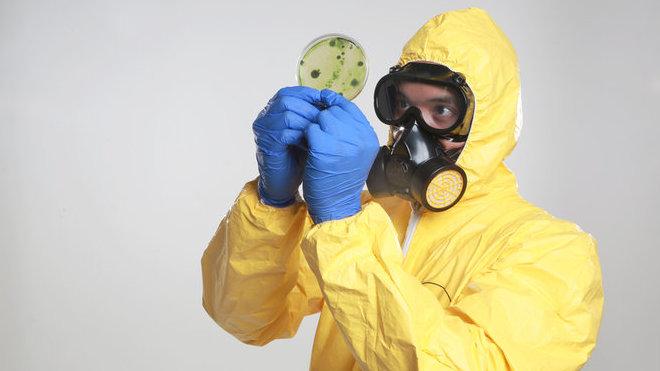 Nový koronavirus se šíří extrémně rychle a sílí. První nakažený kousek od českých hranic - anotační obrázek