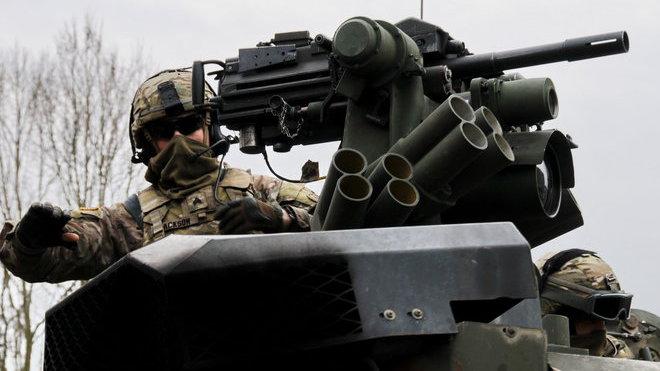 Americký obrněný konvoj v Česku