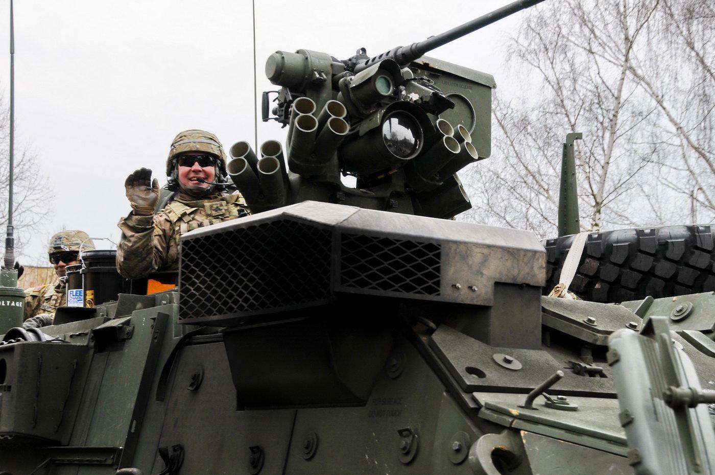 Americký obrněný vojenský konvoj Dragoon Ride v Česku.