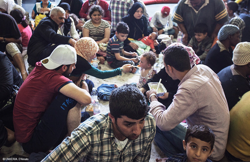 Halík: Musíme si přestat nadávat a uvést uprchlíky do naší kultury - anotační foto