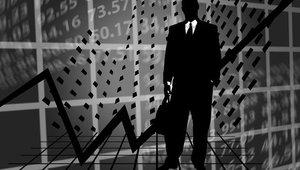Růst ekonomiky: domácnosti utrácely, investice rostly - anotační obrázek