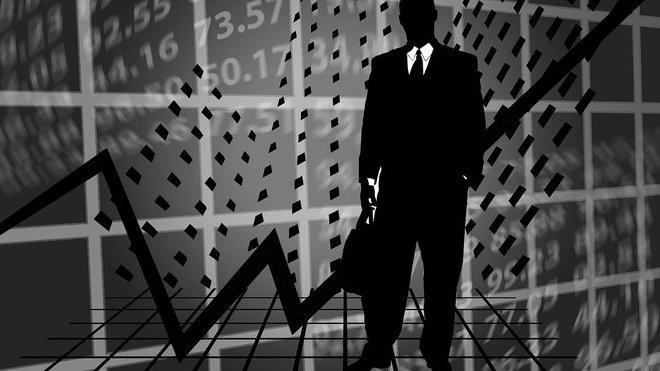 Investoři se s novým týdnem do nákupu akcií příliš nehrnou - anotační foto