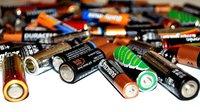 Padělky baterií a akumulátorů proudí do Česka hlavně z Číny. Mohou ohrozit přístroje i zdraví - anotační obrázek