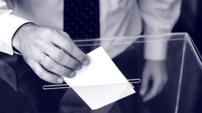 V Nizozemsku a Británii začaly volby do Evropského parlamentu - anotační obrázek