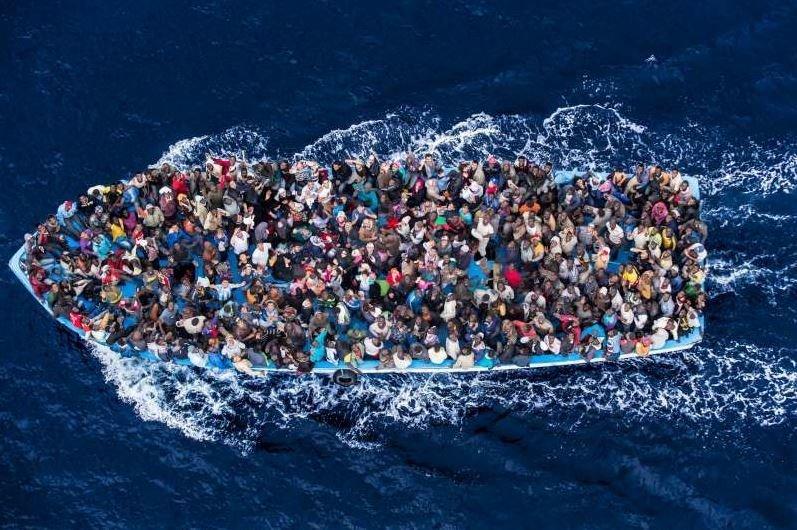To nejhorší Evropu teprve čeká. Obří migrační vlna s sebou přinese miliony uprchlíků - anotační obrázek