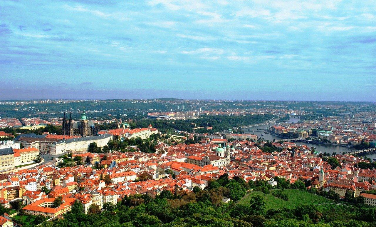 "Brno uvažuje o hyperloopu. Do Prahy ""potrubím"" za 15 minut - anotační obrázek"
