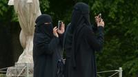 Dívka odmítla nosit muslimský závoj. Brutální reakci bratra nikdo nečekal - anotační foto