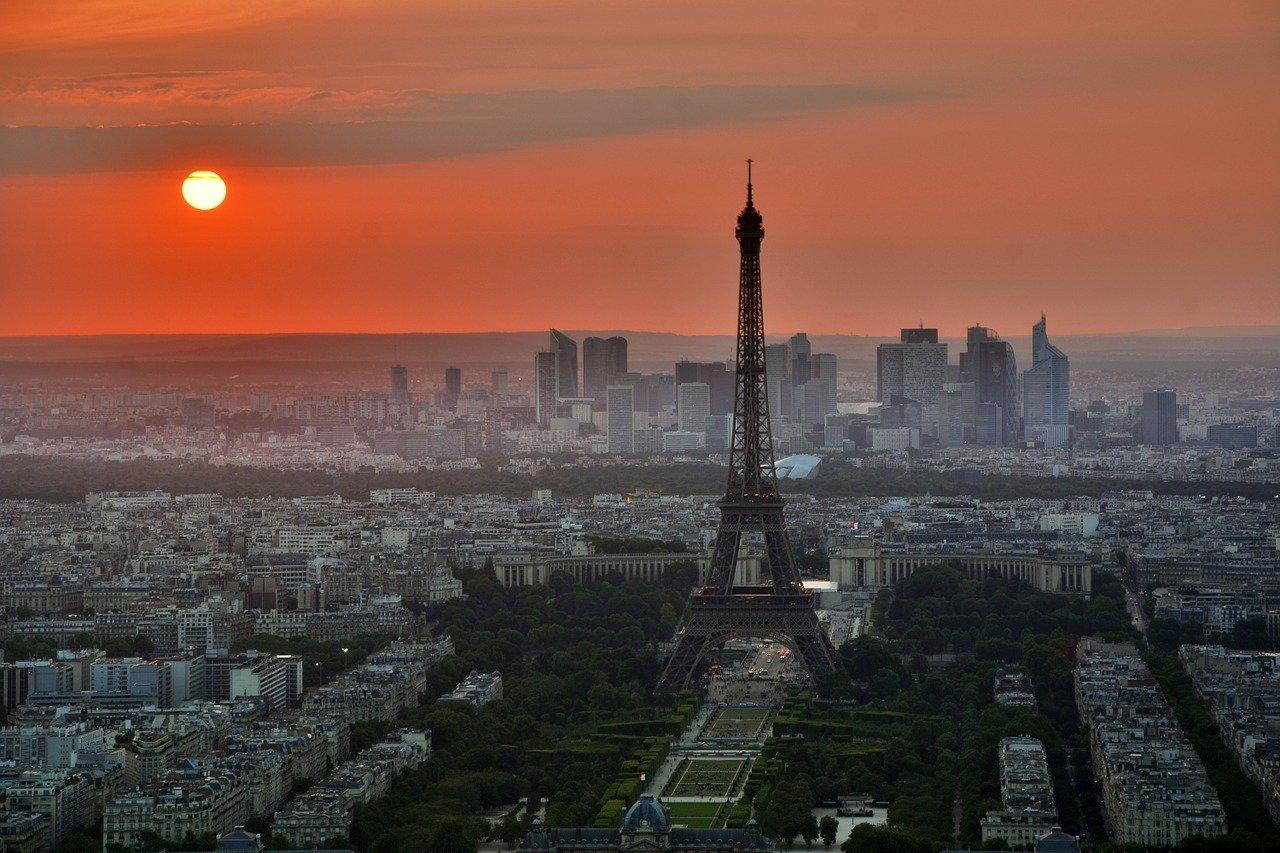 Kriminalita a počet útoků v Paříži roste. Turisté mají strach - anotační obrázek