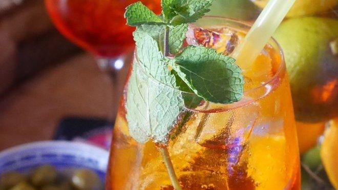 Koktejl, ilustrační fotografie