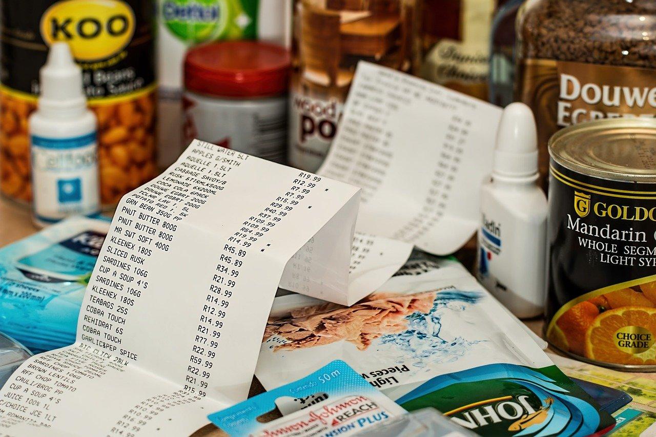 Placení, tržby, ilustrační foto