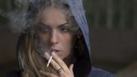 Lidé si myslí, že pár cigaret týdně nemůže jejich zdraví uškodit. Je to opravdu tak? - anotační obrázek