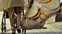 Čeští důchodci peníze nepotřebují? Ministryně jim jednorázově nepřidá - anotační obrázek