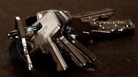 Kupujete nemovitost? Jak se vyznat ve smlouvách a neudělat při podpisuchybu - anotační obrázek