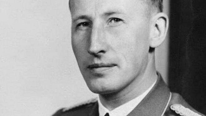 Reinhard Heydrich, prominentní nacista, blízký spolupracovník Heinricha Himmlera, SS-Obergruppenführer a generál policie, šéf Hlavního úřadu říšské bezpečnosti (RSHA) a Bezpečnostní služby (SD), prezident Interpolu v letech 1940–1942, v letech 1941–1942 zastupující říšský protektor Protektorátu Čechy a Morava.