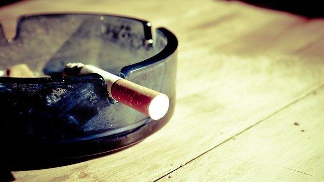 velké asijské kouření