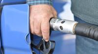 Pohonné hmoty v Česku dál zdražují, nafta opět rychleji - anotační obrázek