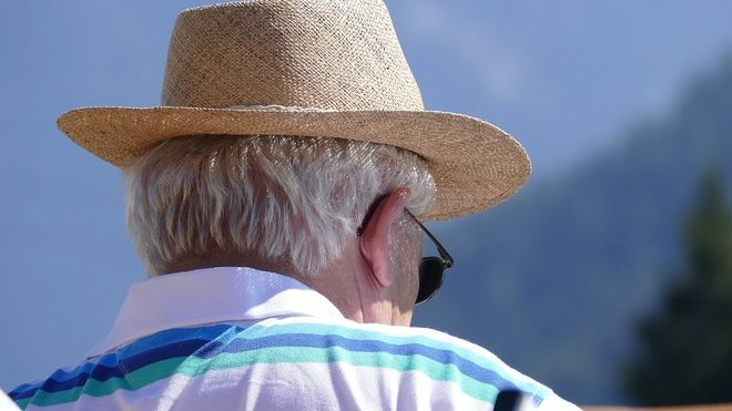 Odchod do důchodu? Tyto doklady musíte při žádosti o penzi předložit - anotační obrázek