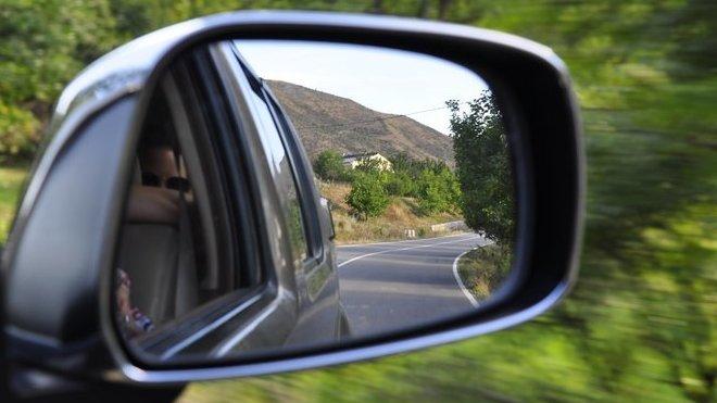 Trable na cestách. Co dělat, když vás zradí auto? - anotační obrázek
