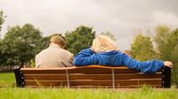Vdovský či vdovecký důchod náleží natrvalo? Velký omyl - anotační obrázek