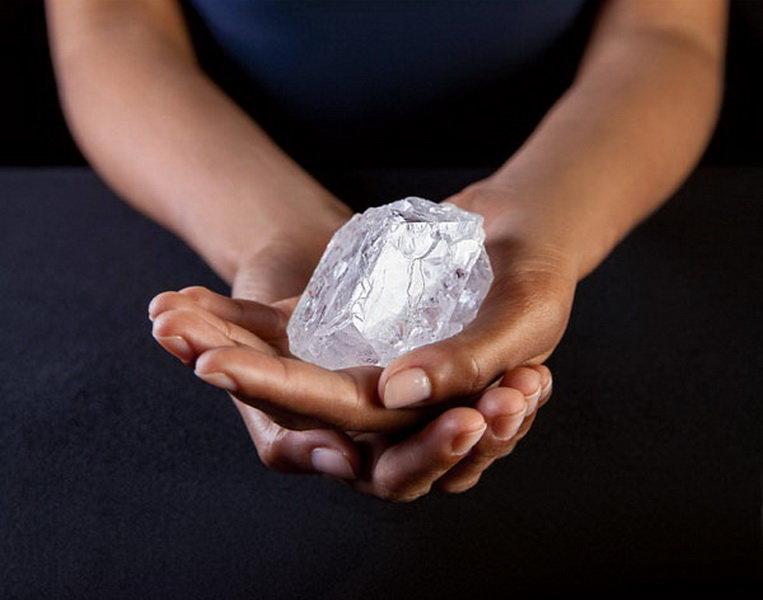 Největší surový diamant na světě může ztratit část své velikosti