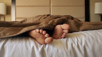 Spánek po obědě může uškodit zdraví? Není to dobrý nápad, varují lékaři - anotační obrázek
