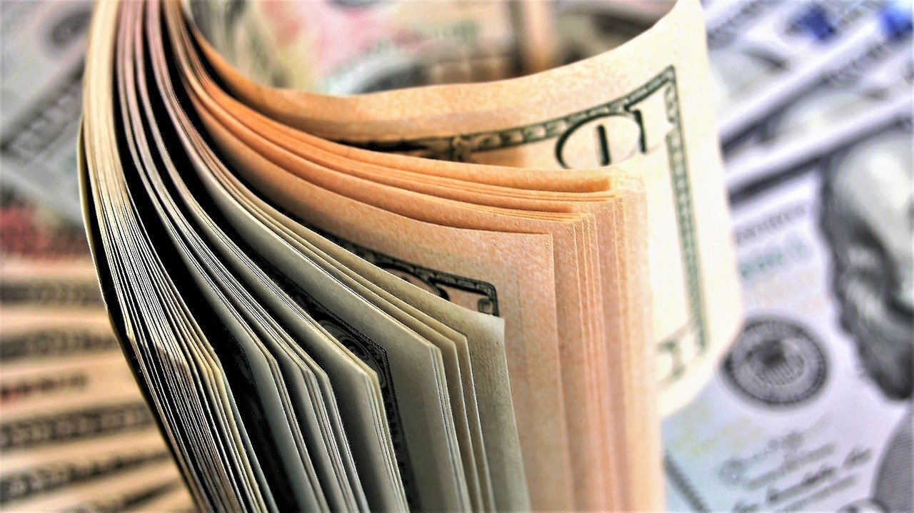 Kolik je na celém světě peněz? Na vyjádření jejich hodnoty čísla nestačí - anotační obrázek