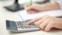 Splácíte drahou půjčku? Refinancujte ji a ušetřete tisíce korun ročně - anotační foto