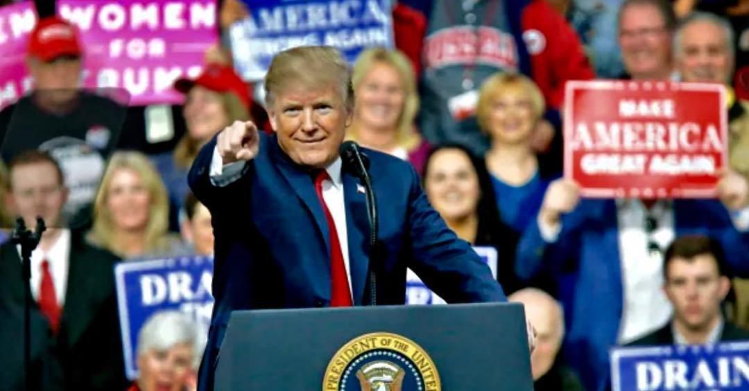 Trump demonstruje, že drží otěže mezinárodního obchodu ve svých rukou - anotační obrázek