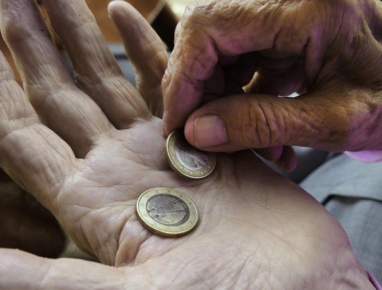 Kdy budeme chodit do důchodu? Odborníci to spočítali a není to hezký pohled - anotační obrázek