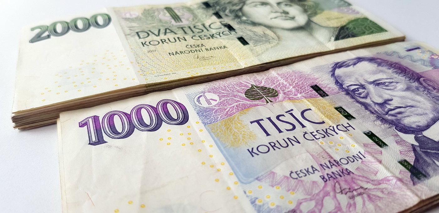 Minimální mzda by se příští rok měla opět zvýšit. Strany se dohodly na kompromisu - anotační obrázek