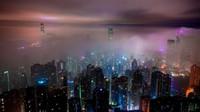 Město nebo vesnice? Odborníci prozradili, kde se bydlí lépe a kde život kosí populaci - anotační obrázek