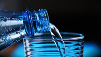 Tropy se vrací! Kolik máte vypít vody? - anotační obrázek