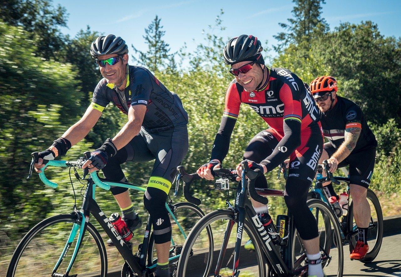 Pánové, jezdíte často na kole? Hrozí vám vážné nebezpečí - anotační obrázek