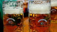 V sobotu začne Oktoberfest. Přinese nové atrakce  a dražší pivo - anotační obrázek
