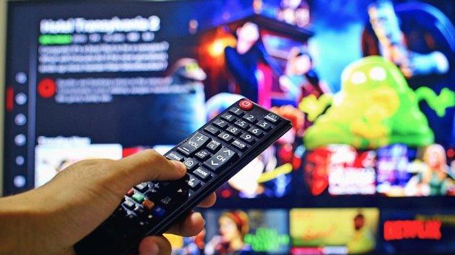 televize, rádio