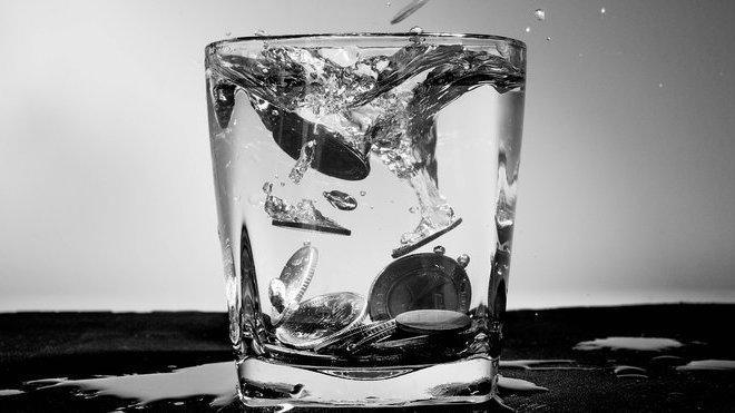 Finanční krize: Zatím jde jen o bouři ve sklenici vody? - anotační obrázek