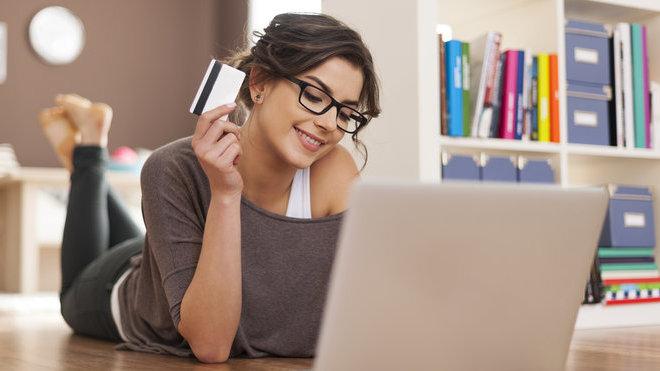 Chcete ušetřit při online nákupech? Díky těmto 5 tipům to zvládnete - anotační obrázek