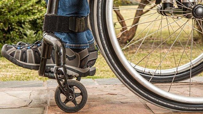 Zaměstnávání lidí se zdravotním postižením: Vláda firmám příspěvky nezvýší - anotační obrázek