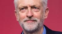 Corbyn pobouřil sněmovnu. Mayovou označil za hloupou ženskou - anotační foto