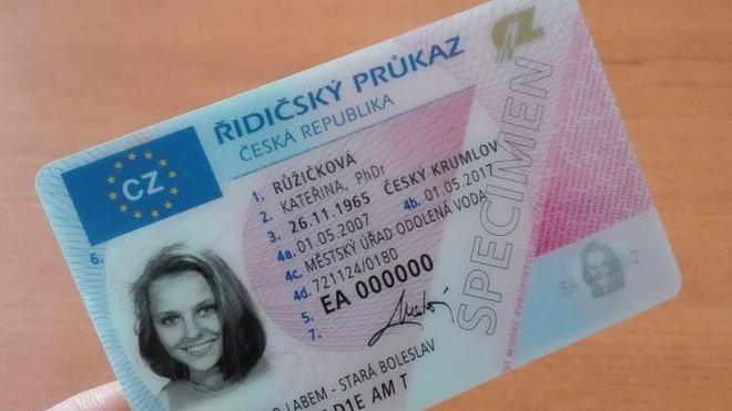Řidičský průkaz bude možné vyřizovat přes internet - anotační obrázek