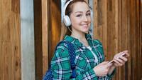 Škola v Boskovicích zakázala mobily i o přestávkách. Vlna kritiky se na ni valí ze všech stran - anotační obrázek