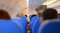 Paluba letadla je rájem virů a bakterií. Jak během letu na dovolenou neonemocnět? - anotační foto